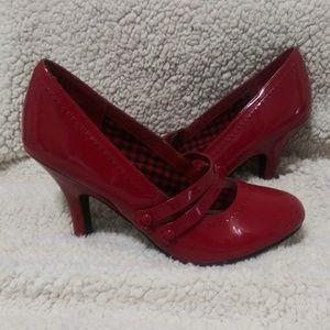 """🔥SALE🔥BONGO """"Fiona"""" Patent Heels-NWOT"""